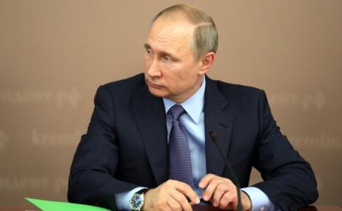 Путин еще нерешил, будетли…