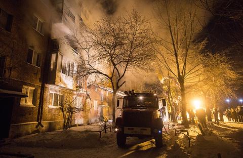 Причиной взрыва в многоэтажке Омска стал газовый баллон