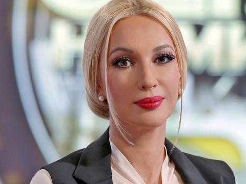Восхитительное платье превратило ведущую Леру Кудрявцеву в диснеевскую принцессу