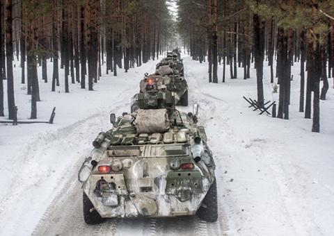 В Приамурское объединение ВВО поступила партия бронетранспортеров БТР-80