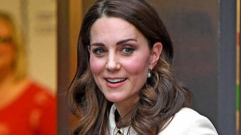 Герцогиня Кэтрин блеснула на…