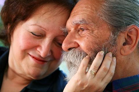 Пенсионеры оказались угрозой