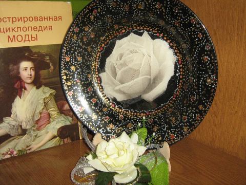"""Тарелочка""""Белая роза""""(конкурс """"Затюканные шедевры"""")"""