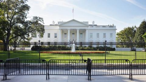 В Белом доме решили перекрыт…