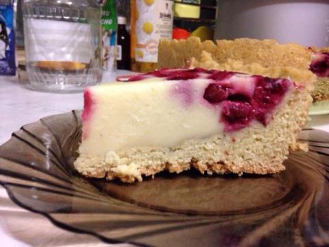 Пирог с ягодами со сметанной…