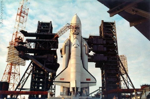 Кремлевский мечтатель Рогозин: Россия может возобновить создание космических кораблей типа «Буран»