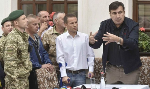 Саакашвили готовится к походу на Киев