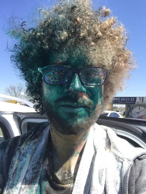 Блогера Варламова облили зел…