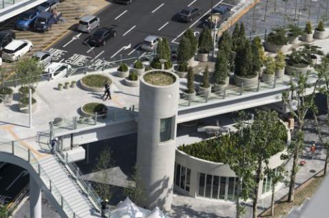 В Сеуле заброшенную эстакаду шоссе превратили в парк