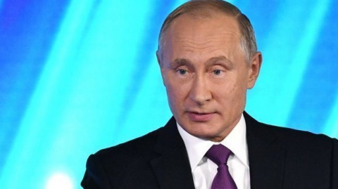 Путину пришлось защищать Трампа