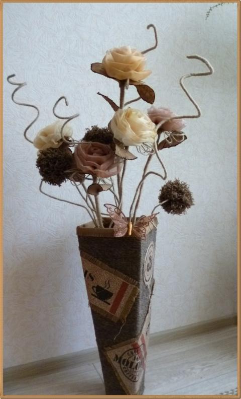Вышивка с белыми розами