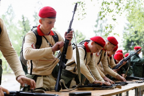 Тяжело в учении – легко в бою: юнармейцы отправляются в армию