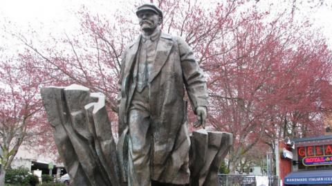 Daily Caller: мэр Сиэтла призвал снести памятник Ленину как символ ненависти