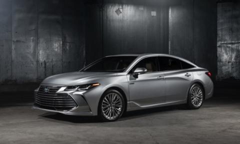 Toyota Avalon вышла в новом …