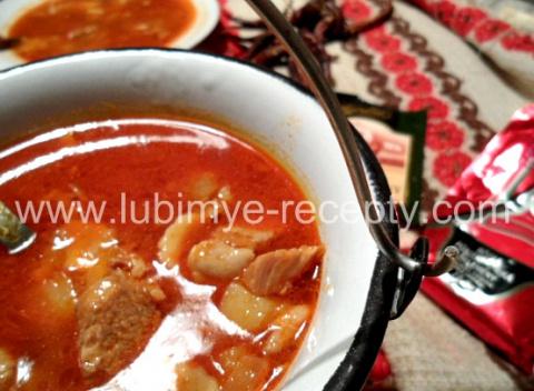 Венгерский суп-гуйяш c чипетке по рецепту К. Гунделя