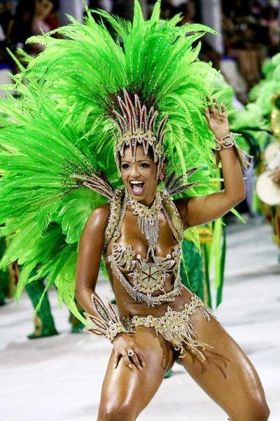Carnaval chaos à Rio de Janeiro !!!