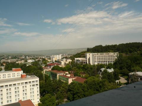 Вид с 11 этажа санатория Димитрова 2