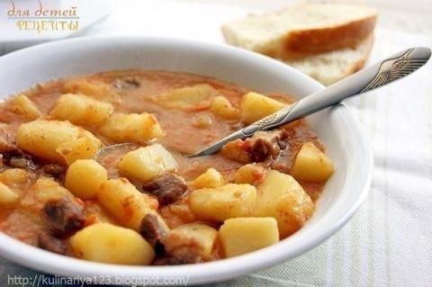 Картошечка, тушенная с мясом…