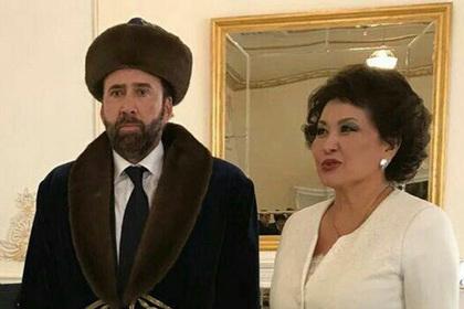 Николас Кейдж приехал в Каза…