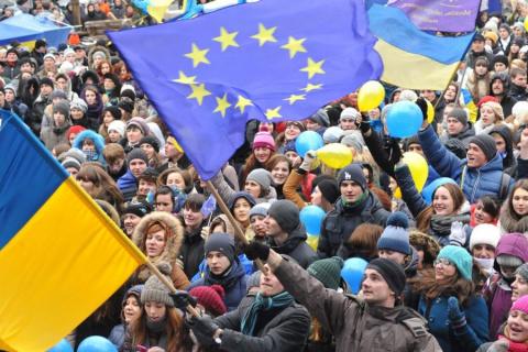 Порошенко освистали в годовщину Евромайдана
