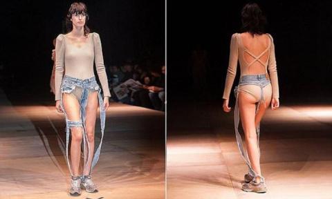 Модные джинсы оставляют все …