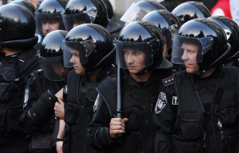 Турчинов окружил себя милицией и кого то ждет