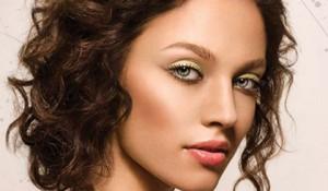 Естественный макияж для зеле…