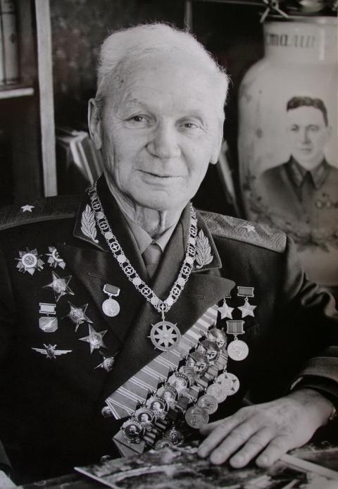 В. К. Коккинаки - легенда и человек