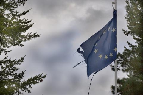 Евросоюз пригрозил ответить на не согласованные с ним санкции США против России