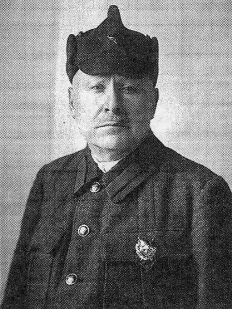 Офицеры и генералы царской армии на службе советской республике