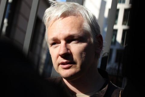 Россияне не участвовали в хакерских атаках против США — Джулиан Ассанж