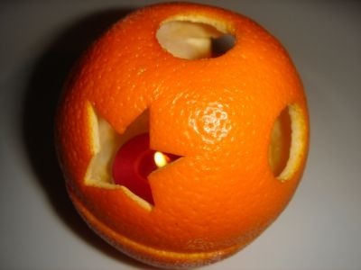 Ароматный подсвечник из апельсина!