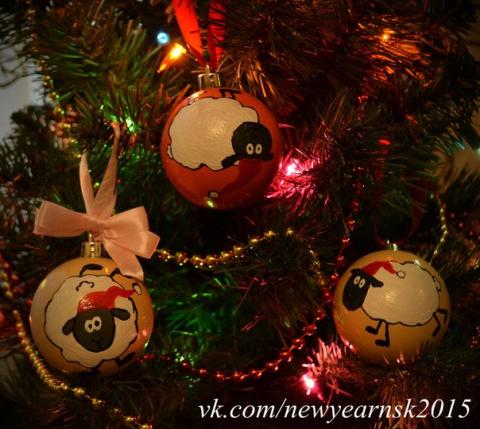 Новогодние игрушки для сибиряков