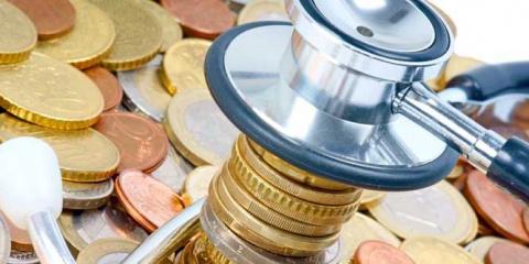 Минздраву не хватает денег на зарплату медикам
