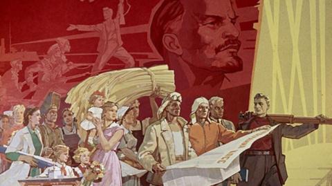 Анатолий Хутин: Могильщики Великого Октября рано торжествуют, они сами в зоне банкротства