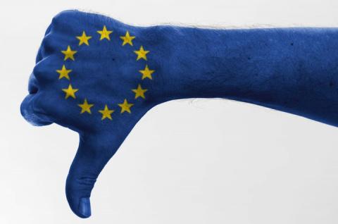 Европа кормит Прибалтику помоями.