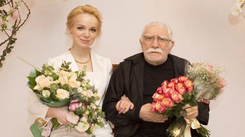 Армен Джигарханян: «Я подаю на развод!»
