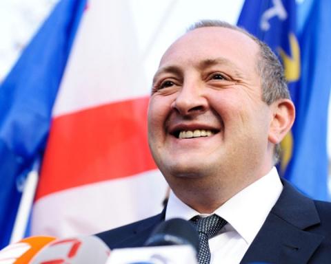 Президент Грузии просит поддержки Японии в ситуации с Россией