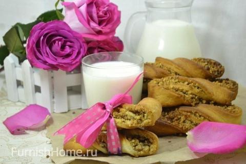 Дрожжевые булочки с ореховой…