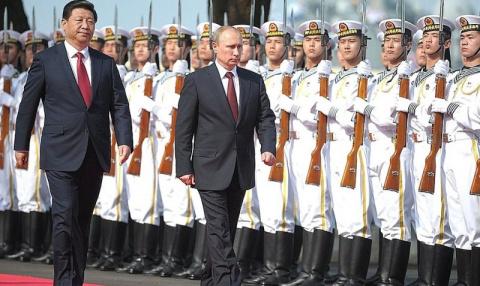 Военная стратегия России и К…