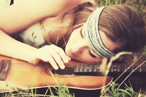 Напой мне песню, голос мой...