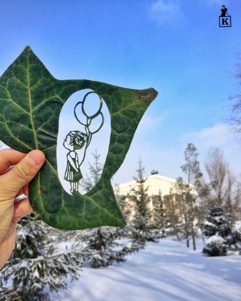 Парень из Казахстана не перестает удивлять