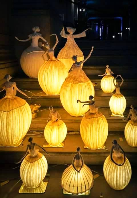 Фантастически прекрасные лампы из папье-маше