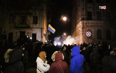 Сторонники Саакашвили окружи…