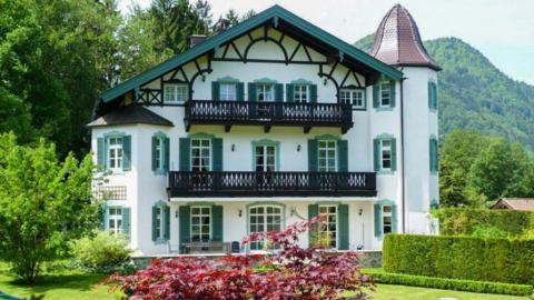 Михаил Горбачев продает дом в Германии. Только для самых богатых клиентов