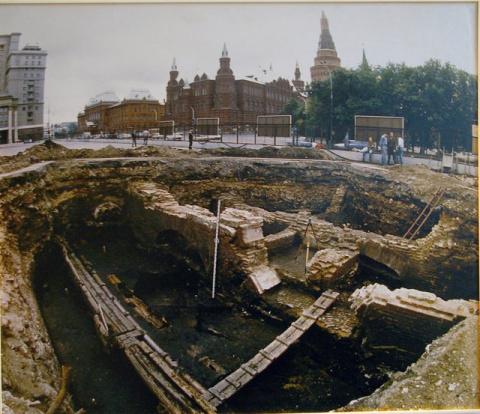 Главный археолог Москвы допу…