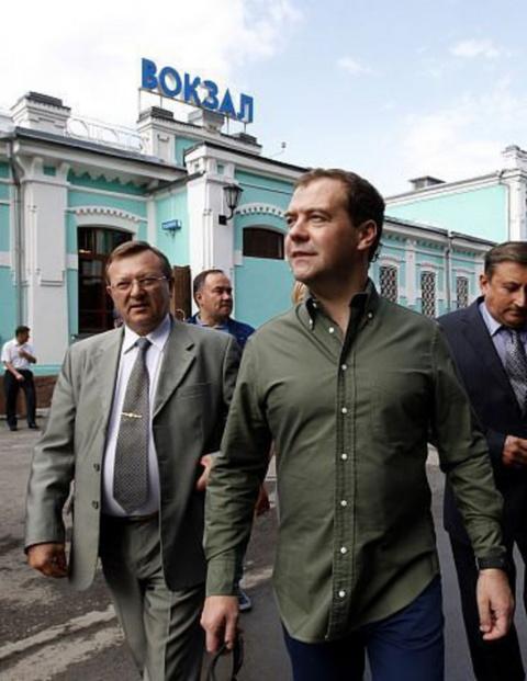 Такая же фуйня и на желдор вокзалах - спасибо Дмитрию Анатольевичу (Садальский)