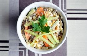 Салат с печенью, морковью и …