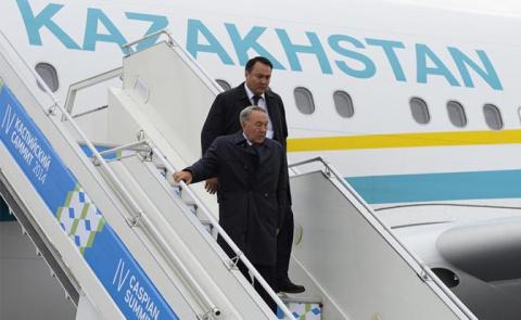 Назарбаев: В Москве хорошо, …