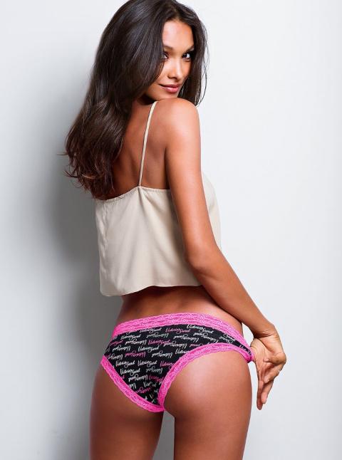 Шоколадная красавица Лаис Рибейро